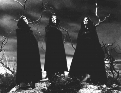 the metaphors in the play macbeth Essay imagery of blood 'macbeth', the dramatic play written by william shakespeare has many good examples of imagery, especially blood the play opens with the weird sisters talking about meeting again and talking about macbeth.